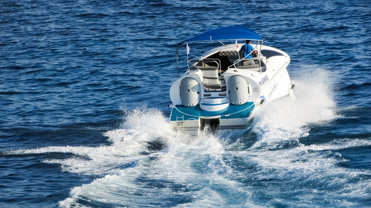 speed boat to Koh Yao Noi